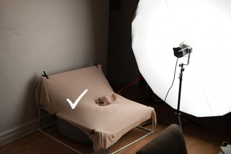 How to use studio lighting for newborn photography Brooklyn NYC