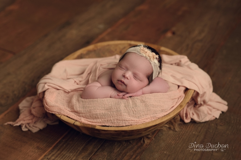 Newborn photographer newborn session brooklyn photographer